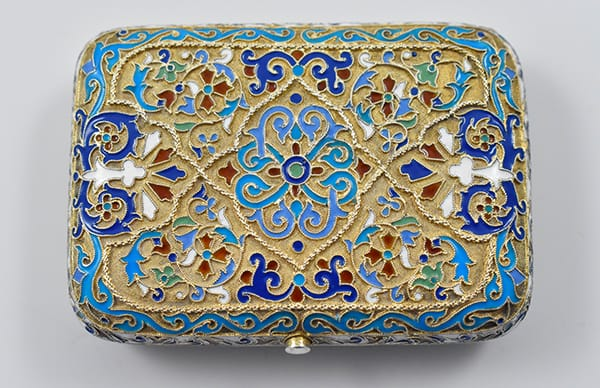 Russian '88' (higher standard) silver and<br>enamel purse marked for Moscow<br>circa 1885 by Ivan Saltikov (1884-1897).