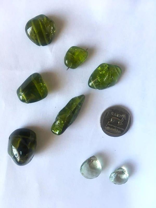 A lot of loose gemstones
