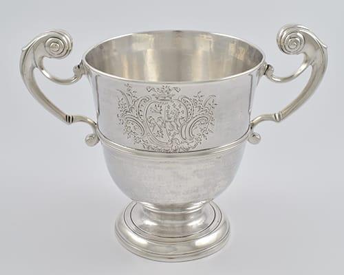 18th century Irish silver harp-handled loving cup - Dublin