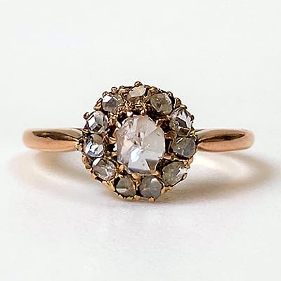 Antique 18ct Yellow Gold and Diamond Ring.