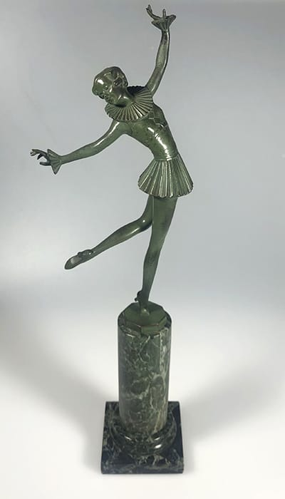 Josef Lorenzl (Austria 1892-1950). Art Deco Dancer, c.1925. Green-patinated bronze on onyx base. Impressed signature Lorenzl and Vienna foundry mark. H: 47,5 cm.