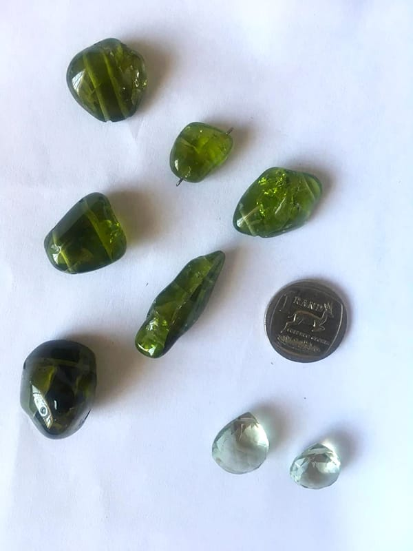 A lot of loose gemstones