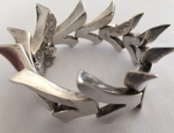 PAISLEY'S ANTIQUE JEWELLERY – MODERNIST MEXICAN SILVER BRACELET